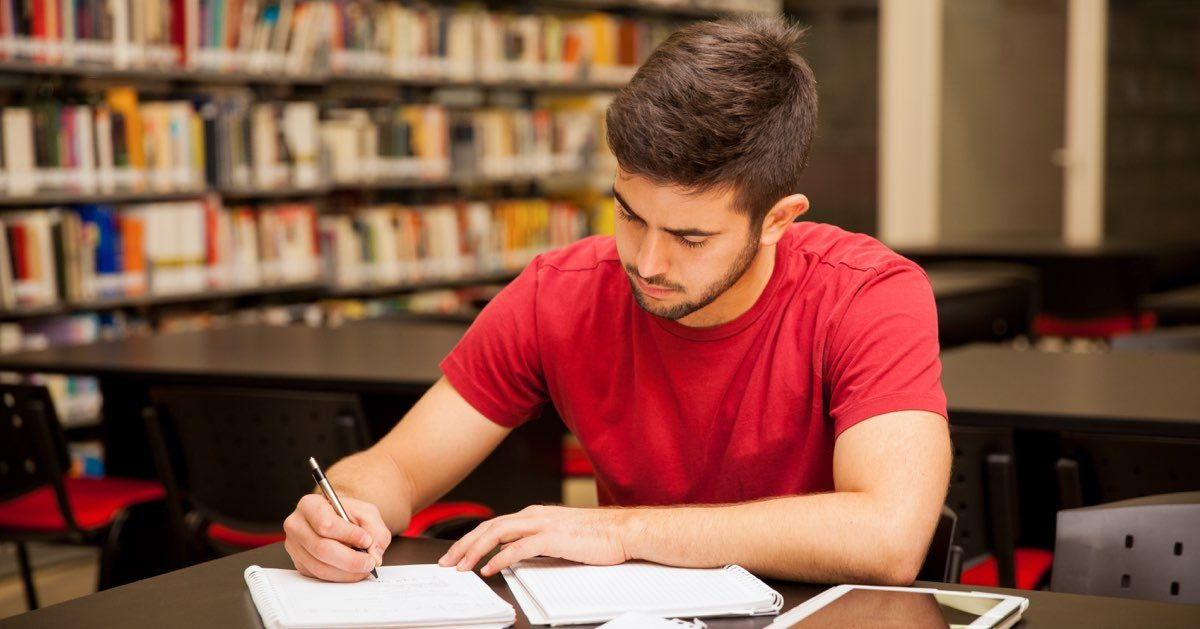male-student-studying1